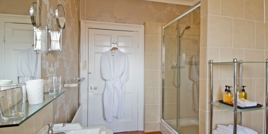 Our rooms have en-suite bathrooms